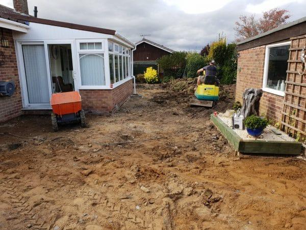 Landscape gardener Newport Pagnell